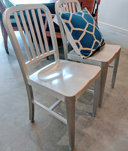 **ITEM NOW SOLD**Pair Eurostyle Chairs.   Modeleu0027s Home Furnishings